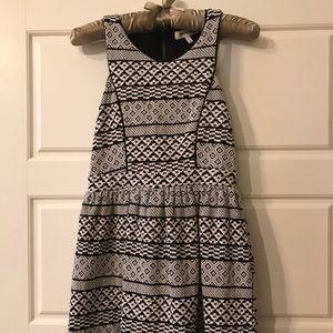 Black & white geometric print dress from Monteau